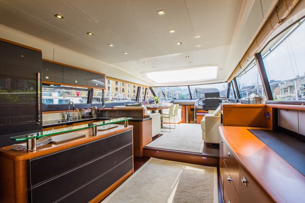 Stay On A Luxury Yacht In The Heart Of London – Such Fun!