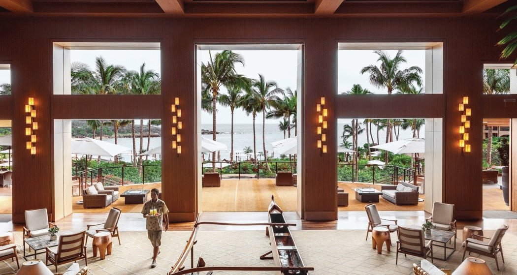 Review: Four Seasons Lanai – Escape To The Beach