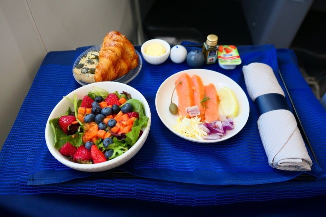 Transatlantic Flight Review: United B787-9 Dreamliner Polaris Business Class