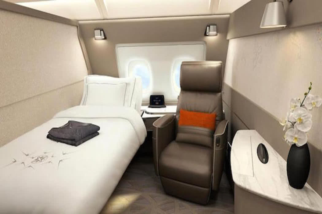 Picture review of new singapore airlines new first class for First class suite airline