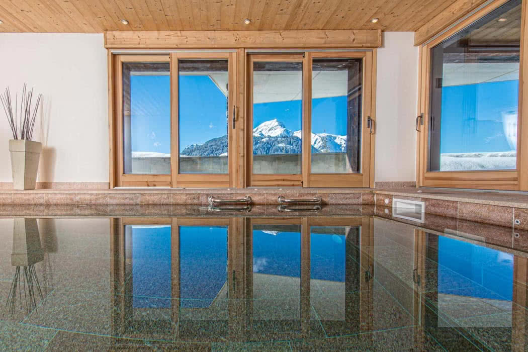 Top 5 Amazing Ski Chalets In The Alps With A Private Pool