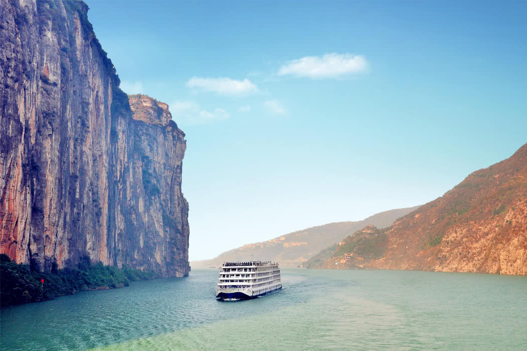 Explore The Mysterious Yangtze River With Century Cruises