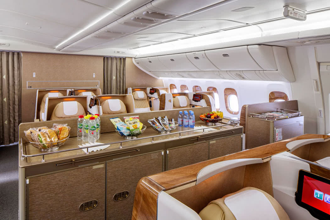 Why American Airlines Is Better Than Emirates In Business Class