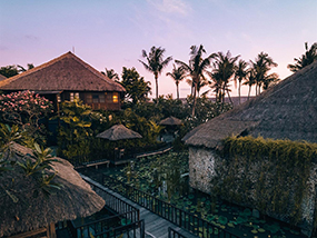 2 Nights At The Oceanfront Hotel Tugu Bali In Indonesia
