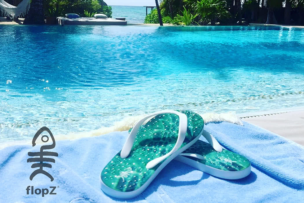 Top 5 Poolside Must Haves For Your Summer Vacation