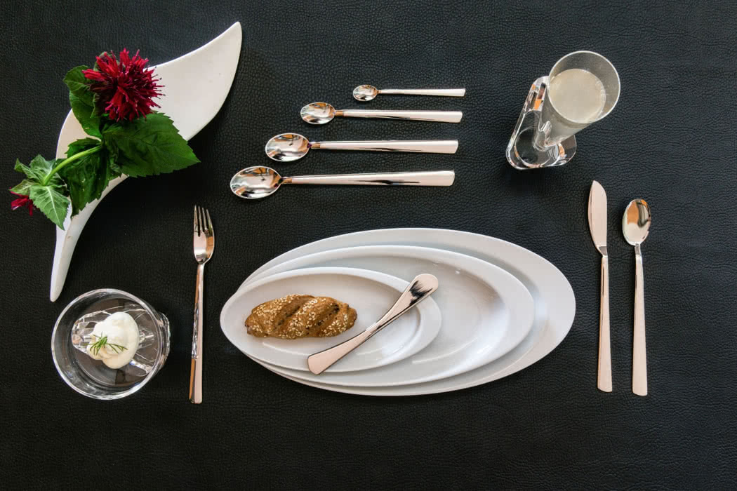 Vera Pure: Beautiful China, Delicate Glassware & Exquisite Cutlery