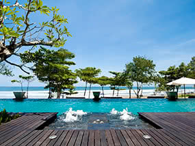 2 Nights In A Suite On The Edge Of The Indian Ocean In Bali