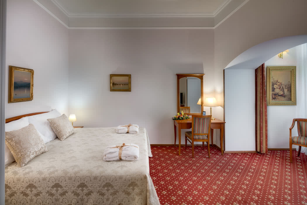 Review: Boutique Hotel Seven Days In Prague