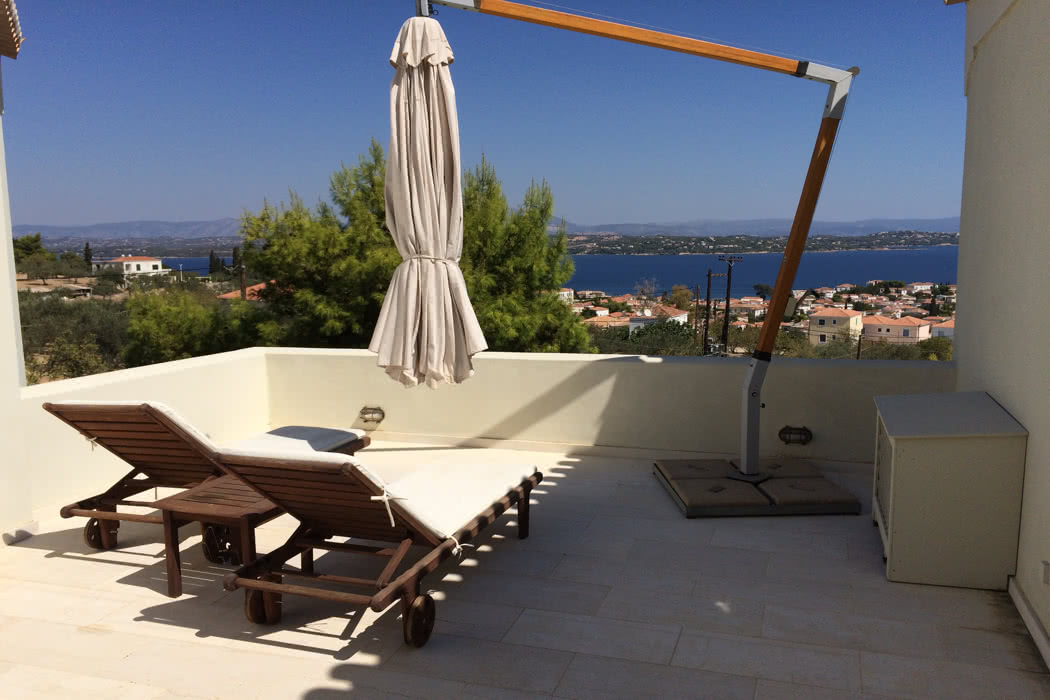Review: Xenon Estate On The Island of Spetses, Greece