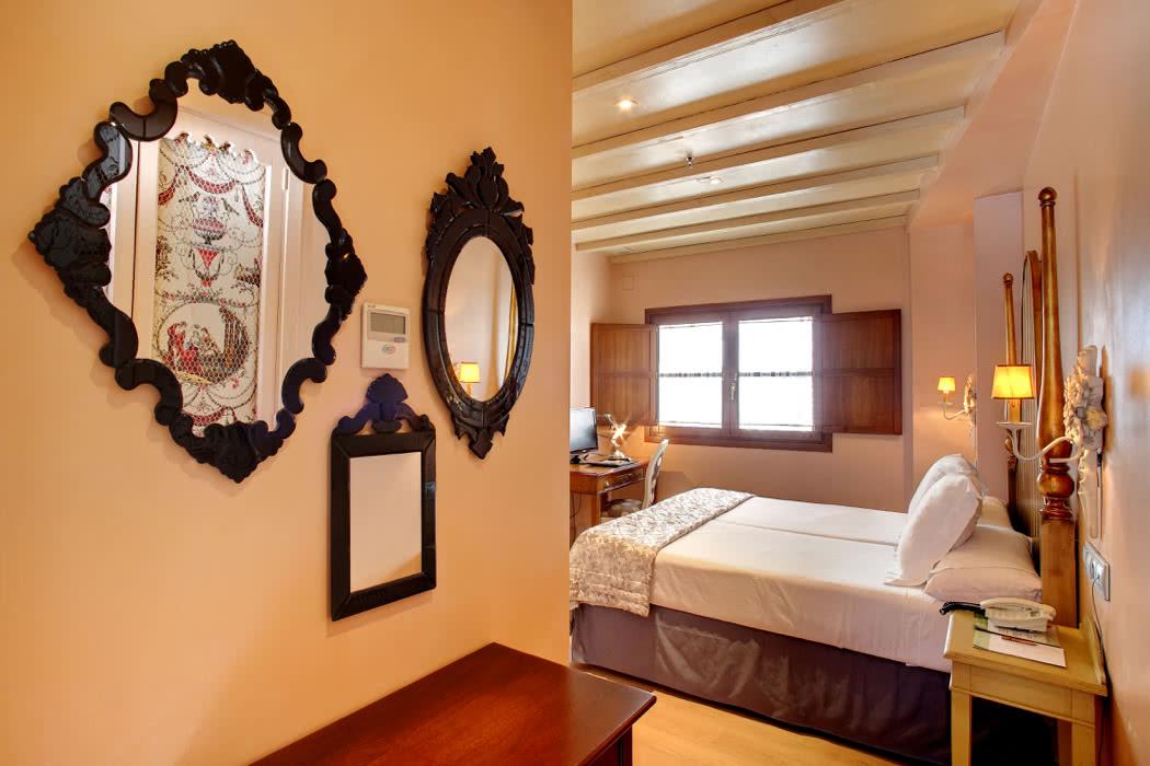Boutique Hotel Review: Sacristía de Santa Ana, Seville