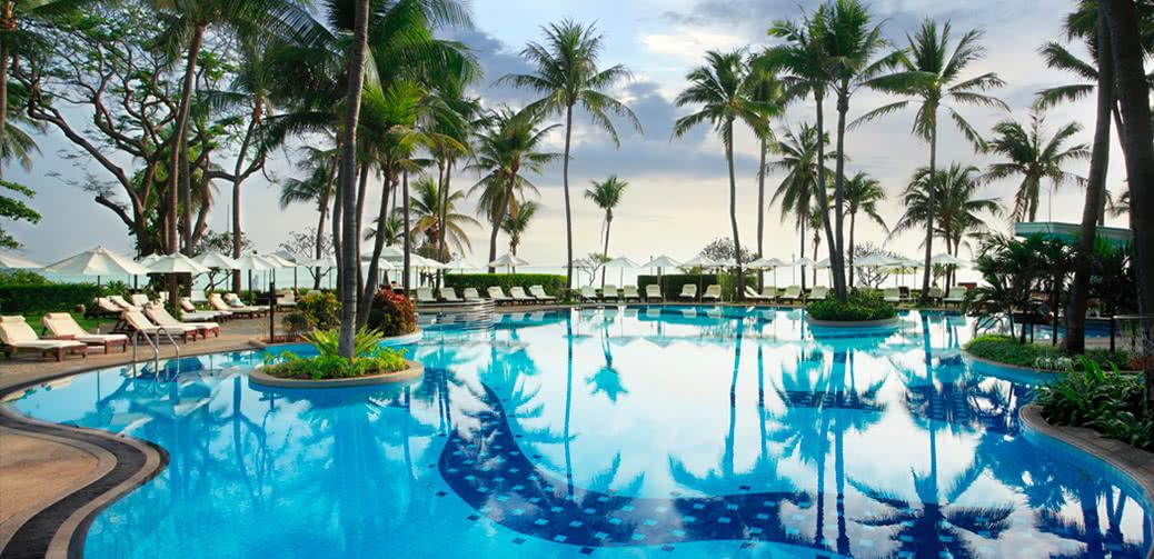 Hotel Review: Centara Grand Beach Resort & Villas, Hua Hin