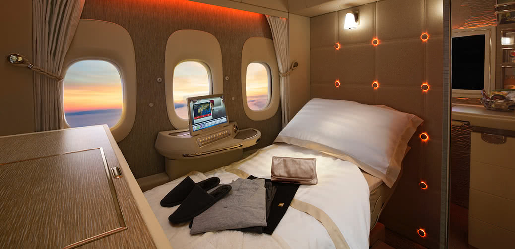 What Is The Best UK Credit Card To Collect Emirates Skywards Air Miles?