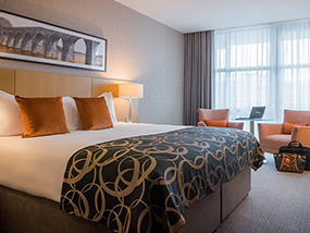 1 Night At The 4* Clayton Hotel Belfast In Northern Ireland