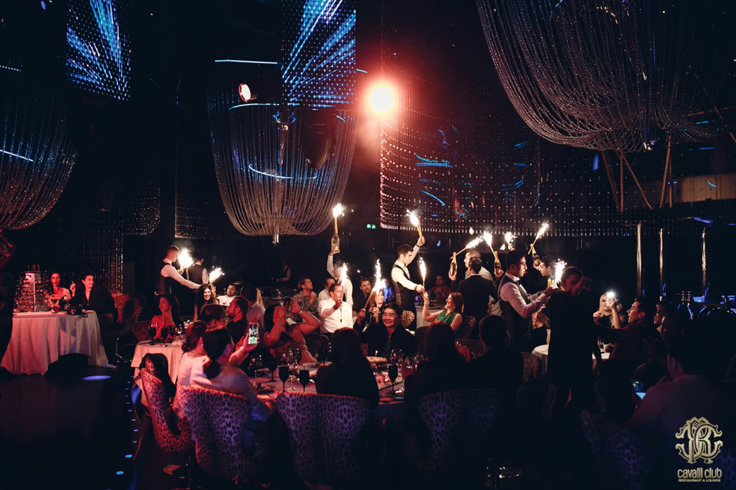 Review Of Cavalli Club: The Number One Luxury Venue In Dubai