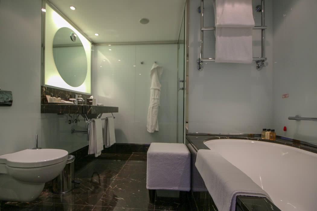 Review: Le Richemond Geneva, Switzerland