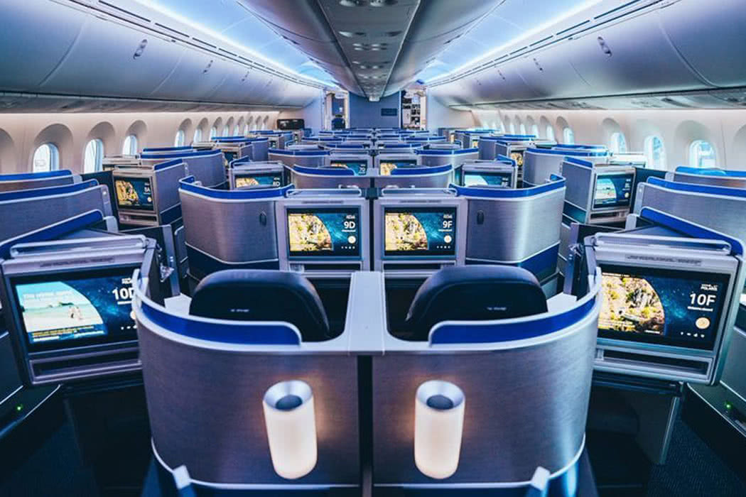 Amazing Pictures: Inside United Airlines New Boeing 787-10
