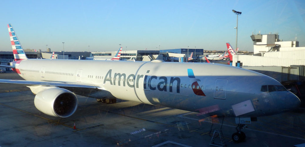 MAYDAY! American Airlines Engine Breaks Down On Transatlantic Flight