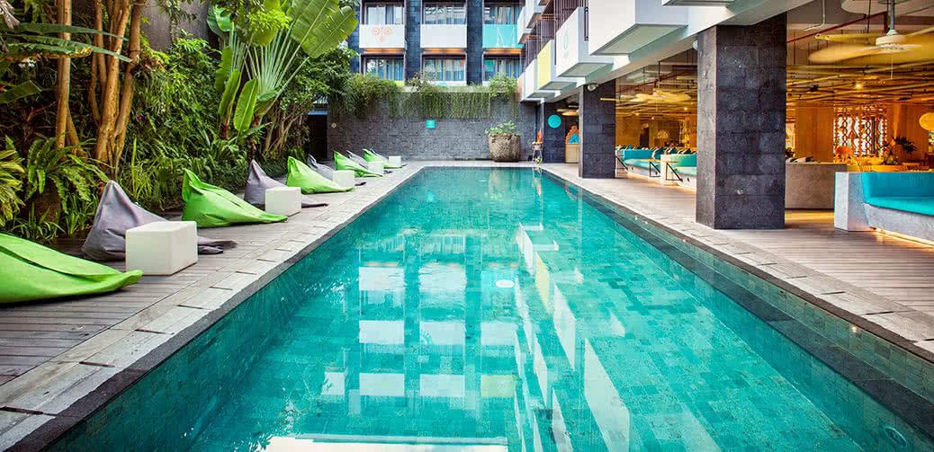 Review: Tijili Seminyak Hotel In Bali, Indonesia