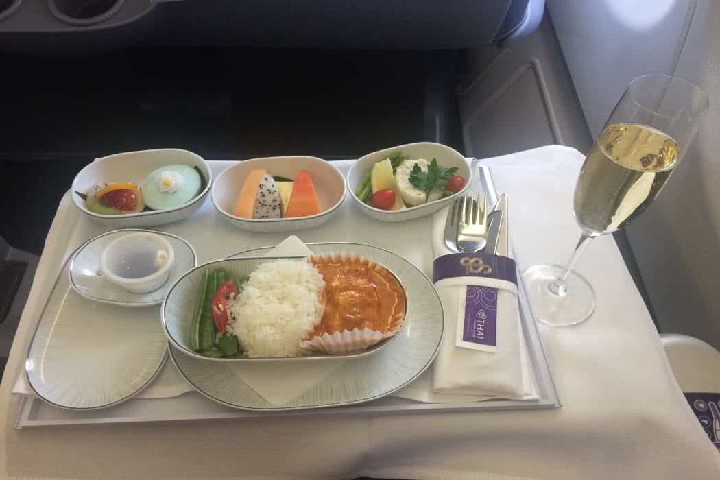 Flight Review: Thai Airways A330 Royal Silk Business Class From BKK To KUL
