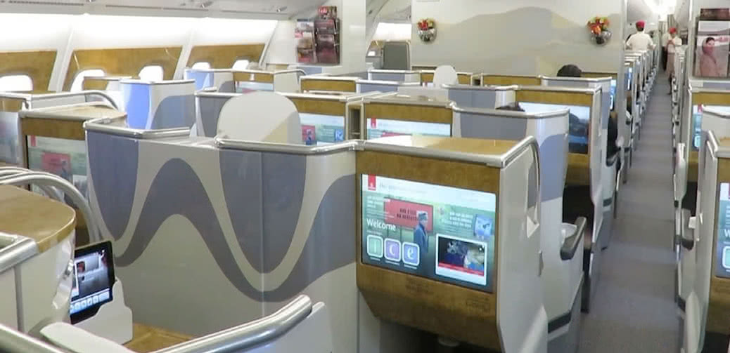 Business Class On Emirates A380: Reviews & The Best Seats