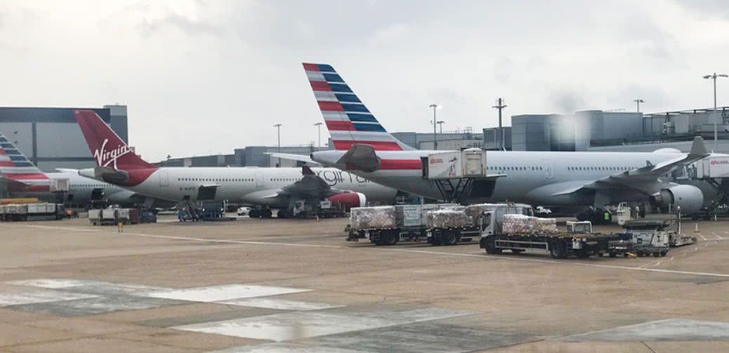 American Airlines Cabin Fills With Smoke As Plane Diverts