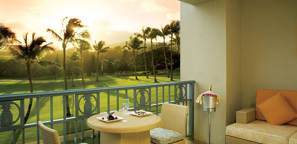 Best Hotel Club Or Executive Level Lounge In Hawaii