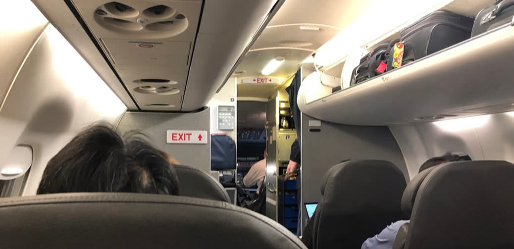 American Airlines ERJ 190 Vs A321 Short Haul Domestic First: Which Is Best?