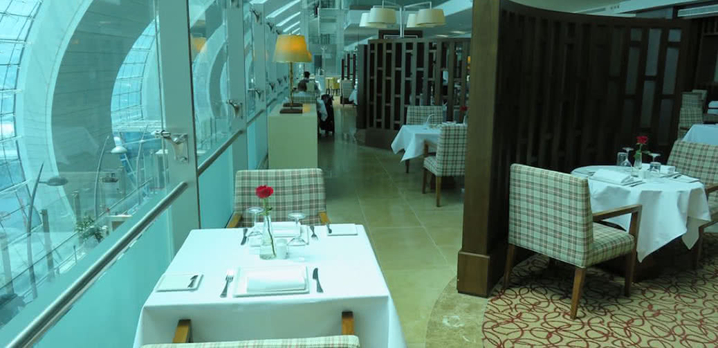 Emirates First Vs Business Class Lounge At Dubai Airport