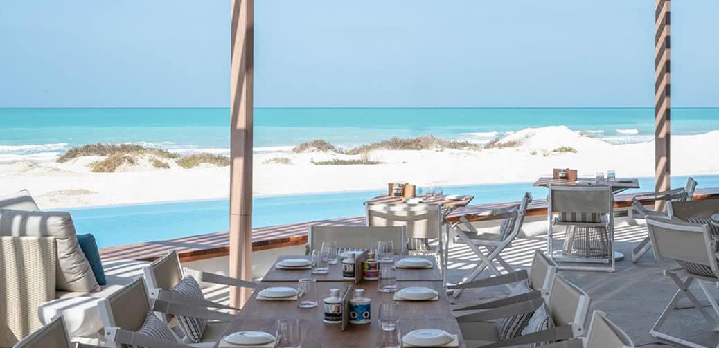 Best Hotel On Saadiyat Island Abu Dhabi St Regis Vs Park