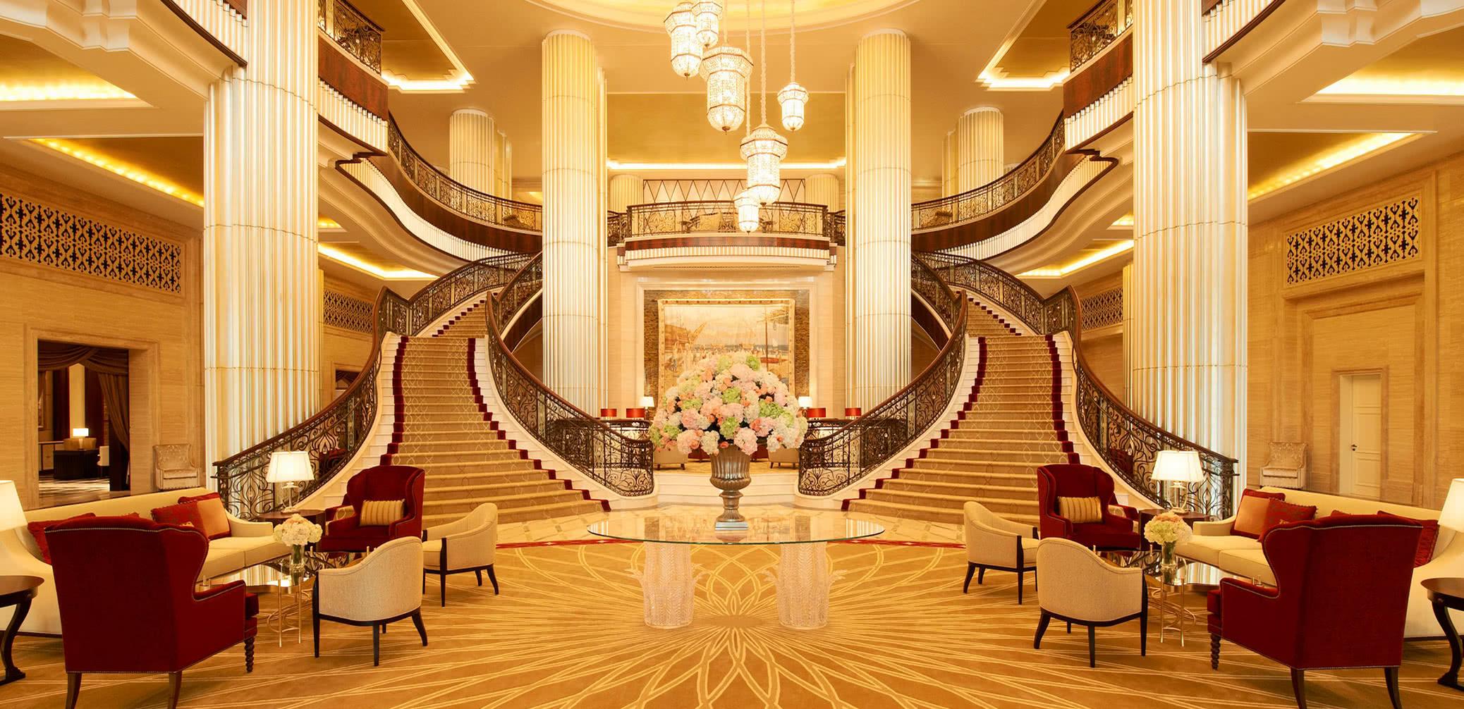 Which Is Best? St Regis Abu Dhabi vs St Regis Saadiyat Island