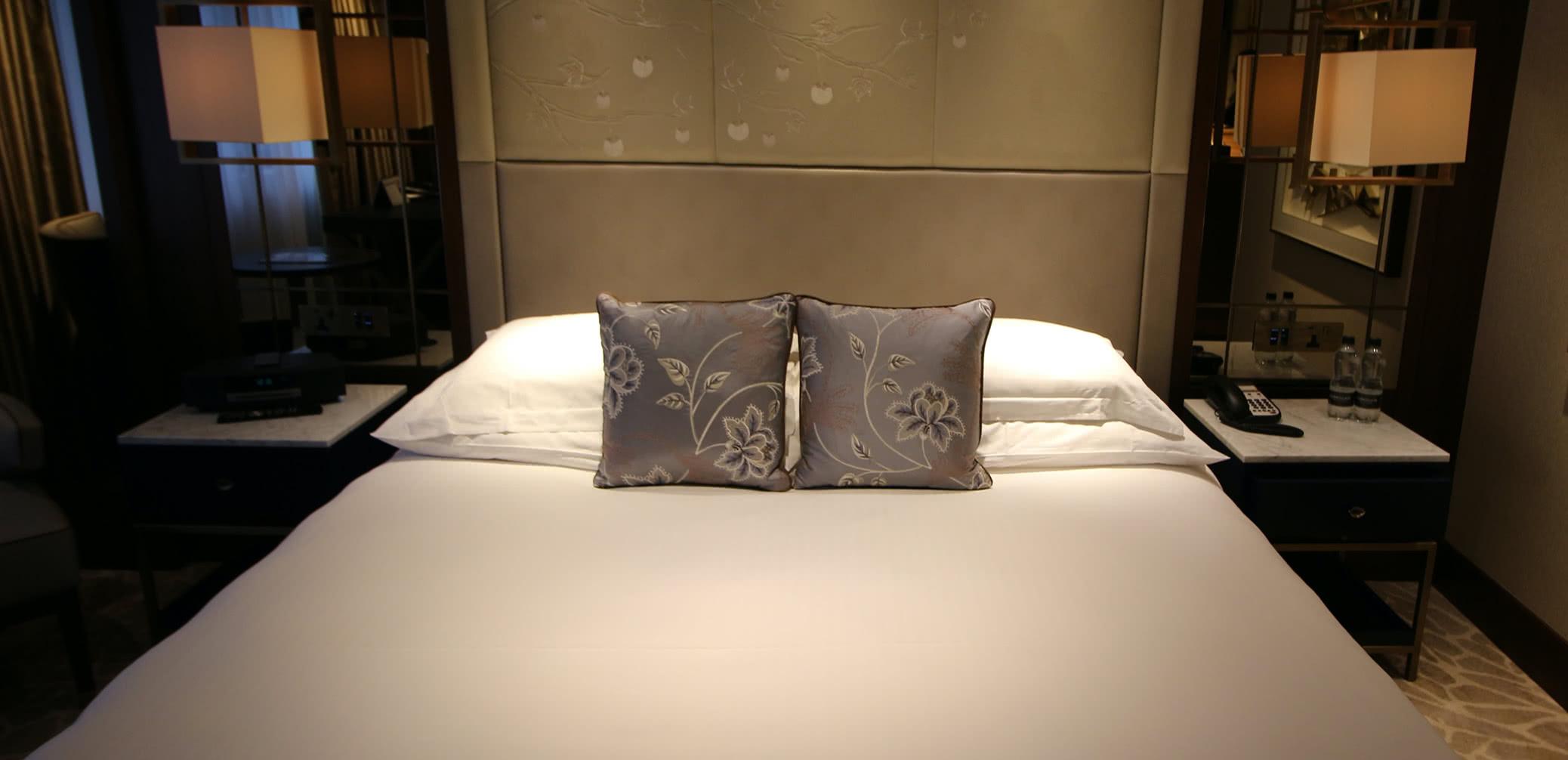 Marriott Vs Sheraton Vs Hilton Vs Hyatt At Niagara Falls: Which Is Best? –  Accommodation – Tips – Luxury Travel Diary