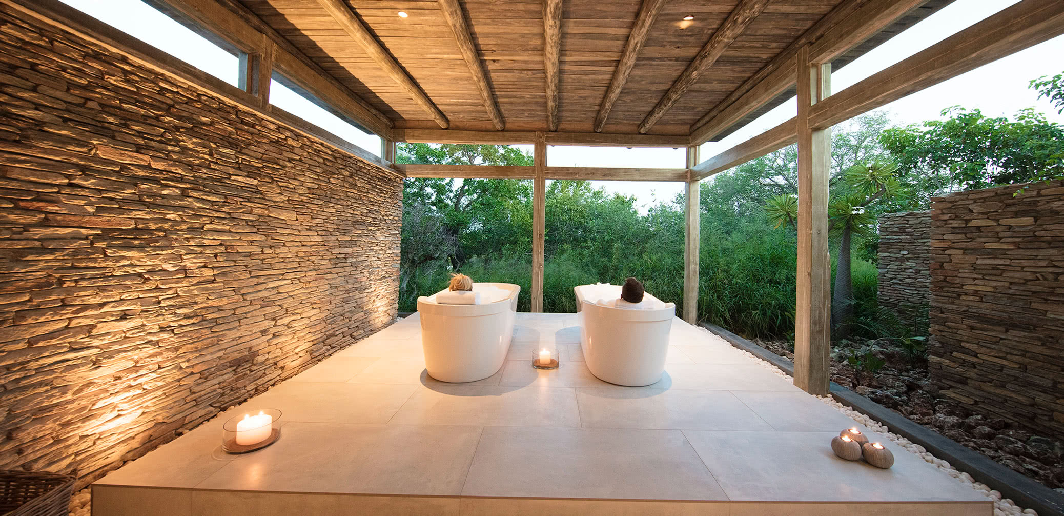 Best Safari Lodges In Africa With Bush Baths And Outdoor Showers