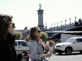 Private Half-Day Highlights Tour of Paris, France for 3 Ppl