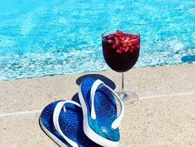 Your Choice Of flopZ Colourful & Massaging Flip Flops