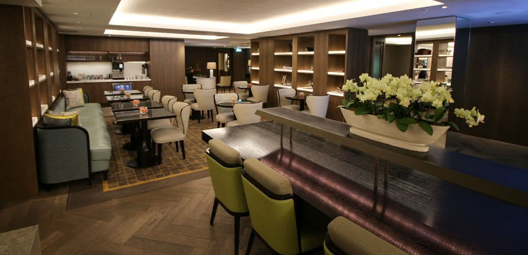 Best Executive Club Lounges In Long Beach In Southern California