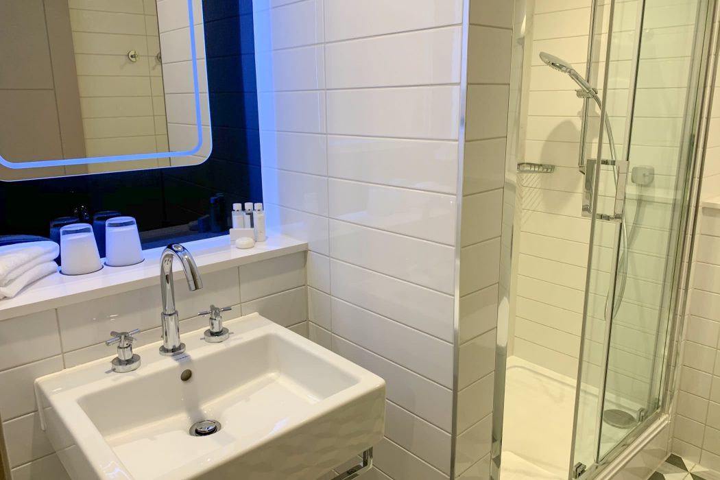 Review: Strand Palace Hotel