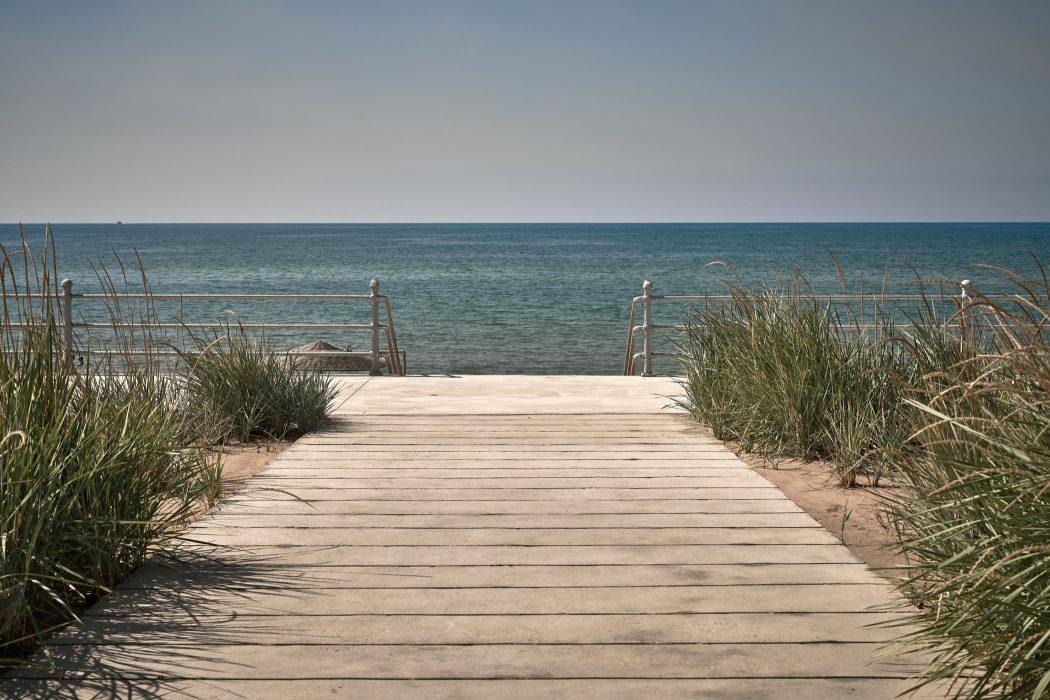 Review: Dexamenes Seaside Hotel